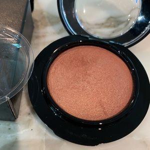 MAC Cosmetics Makeup - NIB Authentic MAC Mineralize Blush In Love Joy